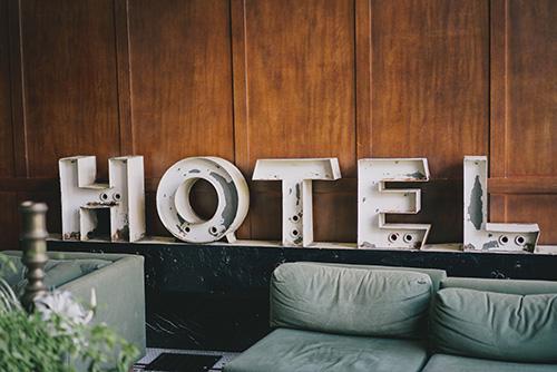 Tarvailler en voyageant - lobbys d'hôtels