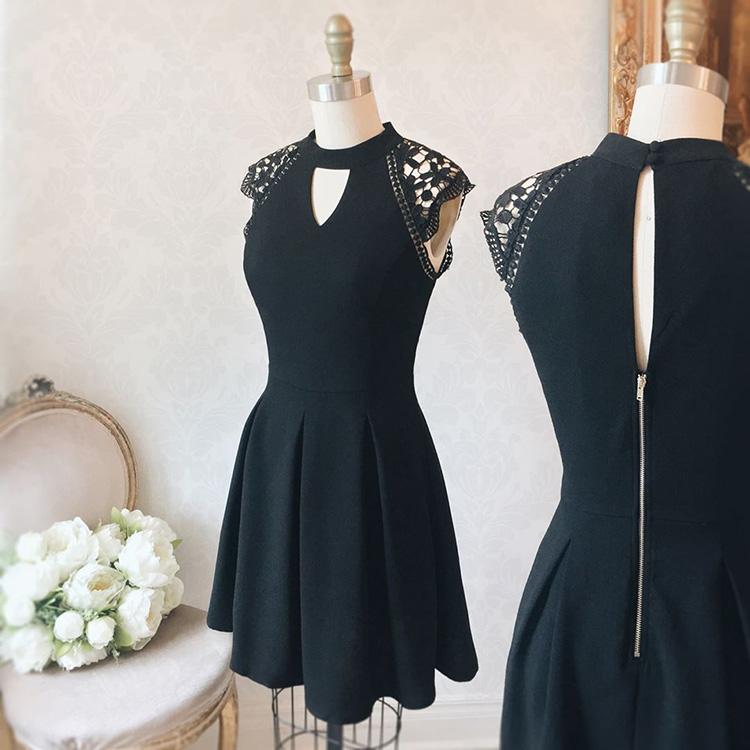 La petite robe noire, un essentiel d'une garde robe professionnelle. Boutique 1861