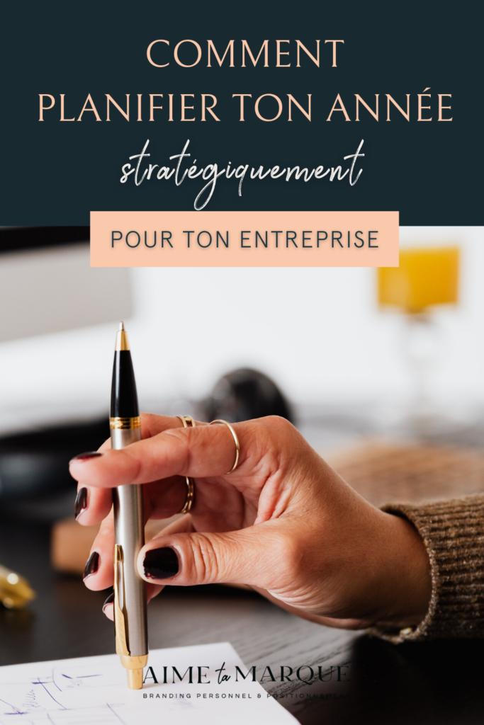 Comment planifier son année stratégiquement en se respectant à travers le processus? Voici quelques pistes de réflexion pour faire un vrai bilan de ton entreprise, te fixer des objectifs réalistes et manifester tes intentions pour avoir du succès dans ta business. #ladyboss #entrepreneuriat